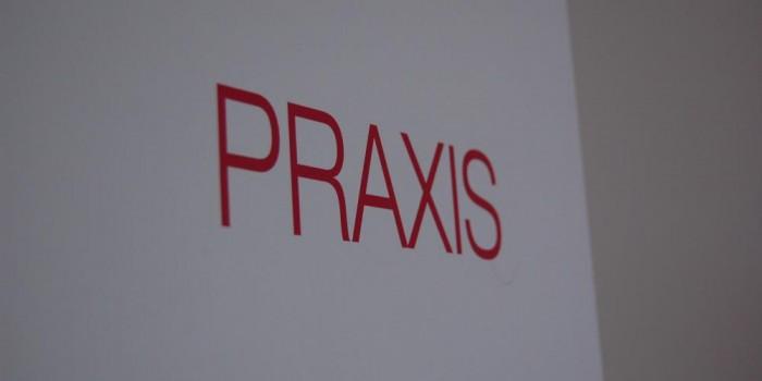 Praxistür offen – Impressionen – Praxis für Psychotherapie Freising, Nergiz Eschenbacher